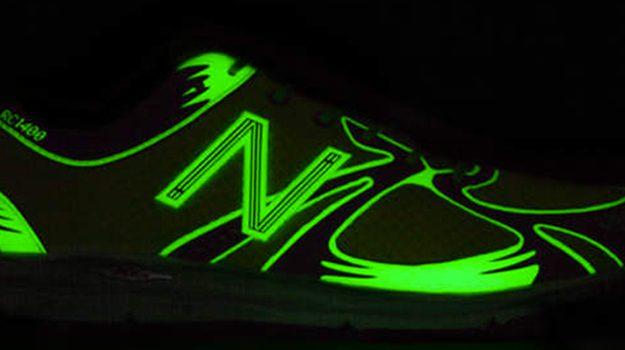 new balance 1400 glow