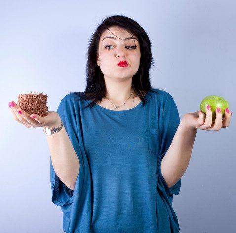 Impulsive behaviours correlate with food addiction and BMI.