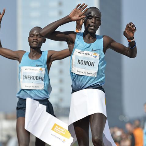 Leonard Komon wins the Berlin Half-Marathon
