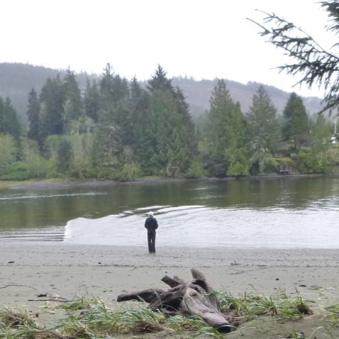 HIlary Stellingwerff hiking at Elk Lake.