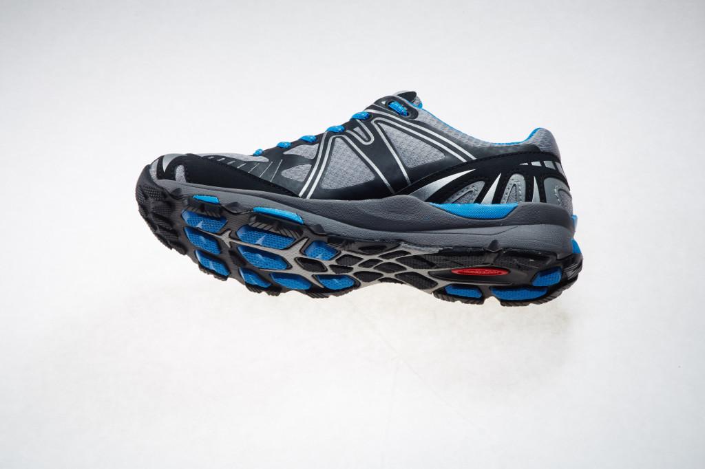 treksta trail shoes