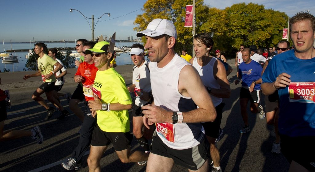 pace bunny at stwm toronto marathon pacers