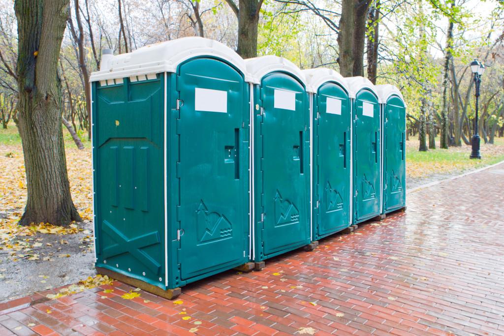 portapotty washroom