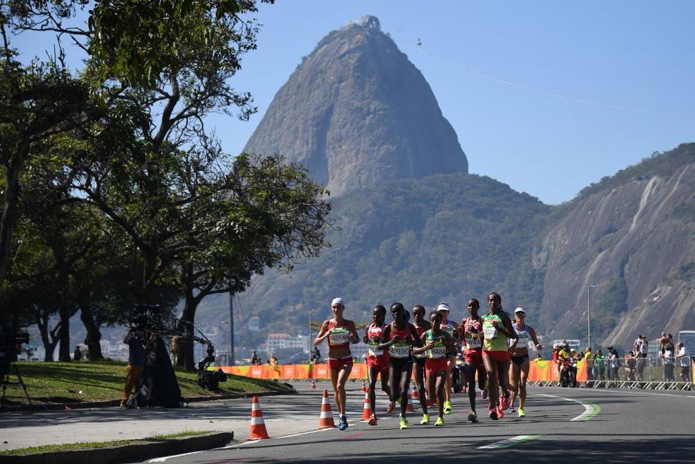 Non-elite wins Grandma's Marathon