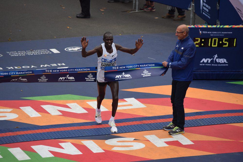 Geoffrey Kamworor breaks world record at Copenhagen Half-Marathon - Canadian Running Magazine