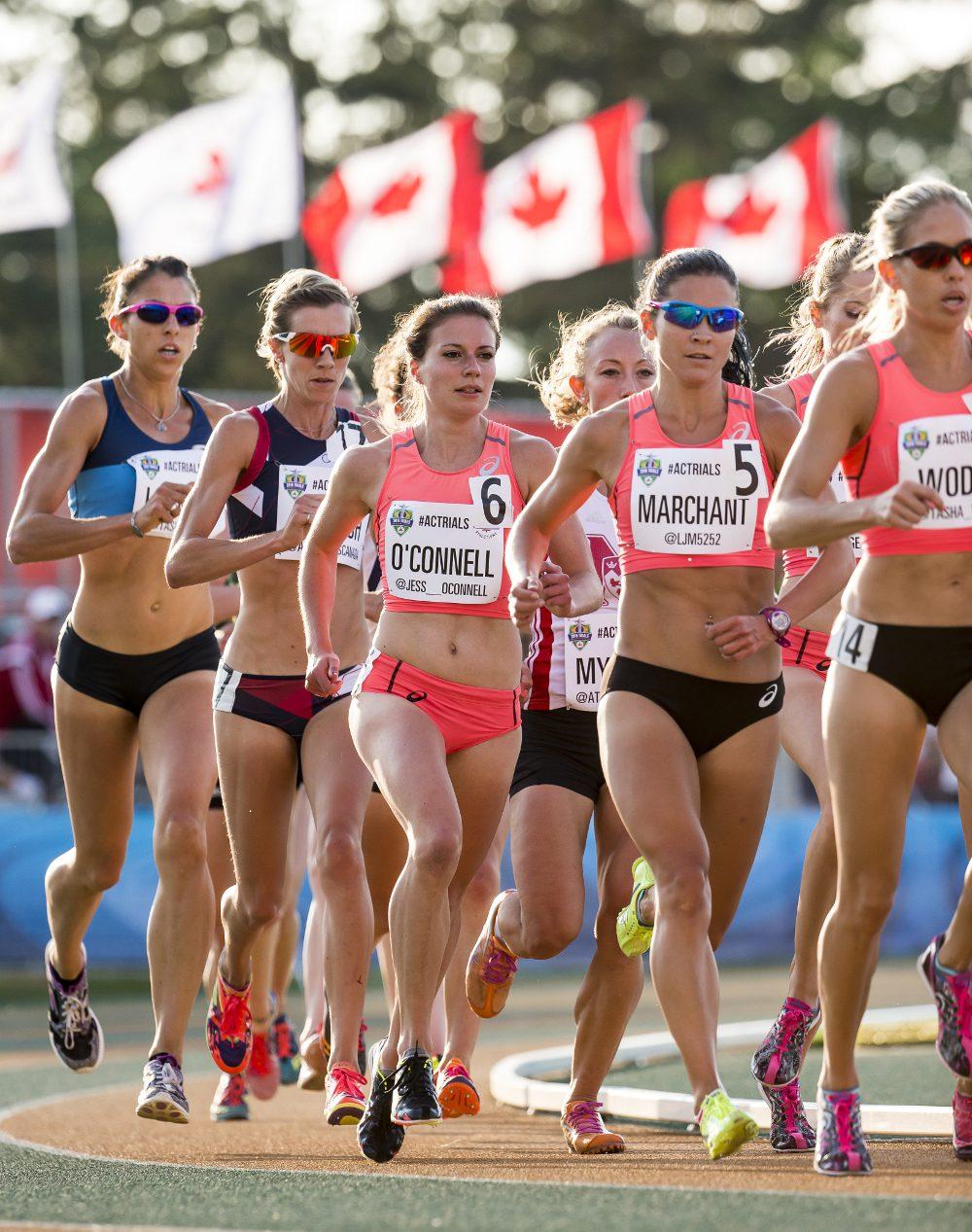 Sexy girls in a marathon 7