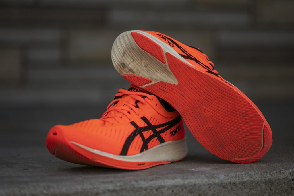 ASICS launches carbon-plated Metaracer