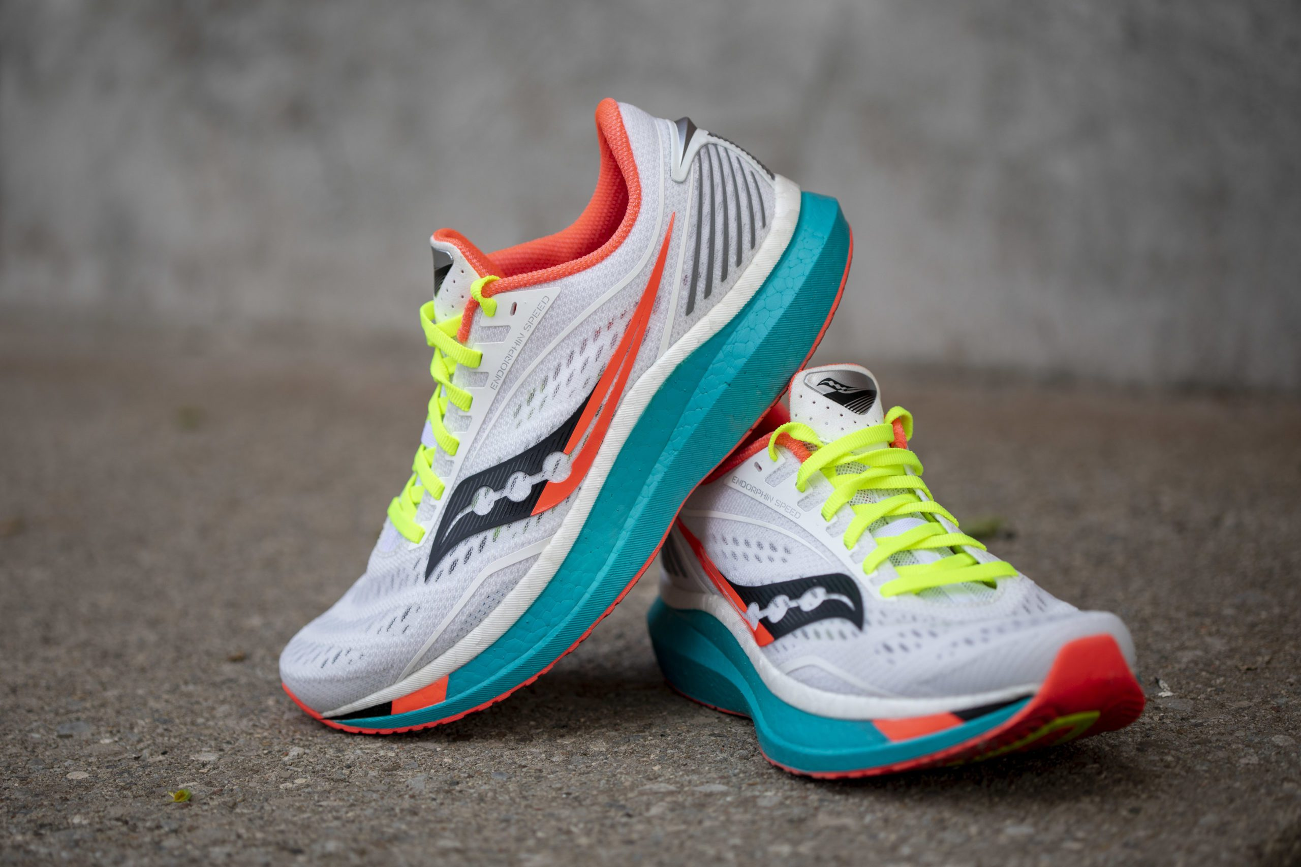saucony stability shoes